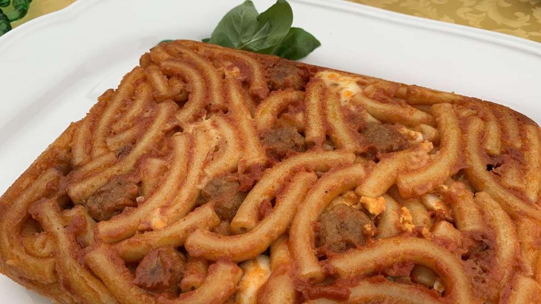 La Pasta 'Ncasciata, dalla tradizione di Messina alla tavola di Montalbano